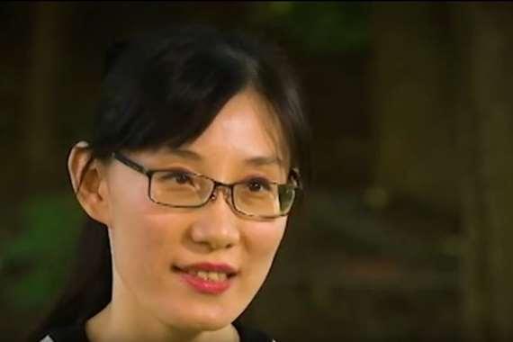 الدكتورة لي مينج يان