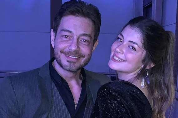 الفنان احمد زاهر وابنته