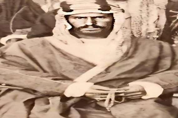 صورة نادرة لمؤسس السعودية