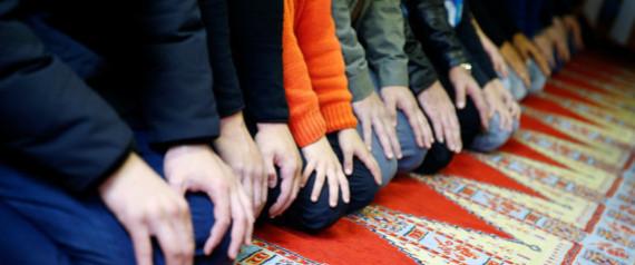مدرسة ألمانية تمنع سجاجيد الصلاة باعتبارها مستفزة
