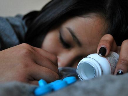دراسة: مضادات الاكتئاب تسبب الانتحار