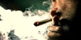للخلاف على سيجارة حشيش.. مقتل نجار بالقليوبية