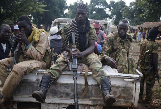 20 قتيلا على الاقل في اعمال عنف بين مجموعات مسلحة في افريقيا الوسطى