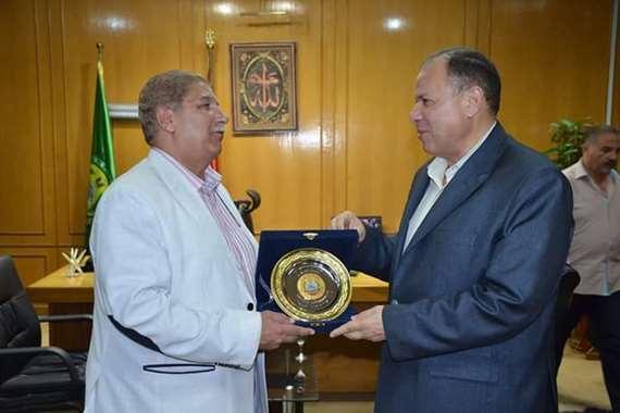 تكريم اللواء  عصام سعد مدير أمن الإسماعيلية السابق