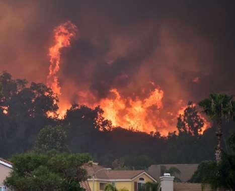 شاهد الآثار المدمرة لحريق غابات كاليفورنيا