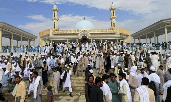 شاهد ..  صلاة العيد حول العالم