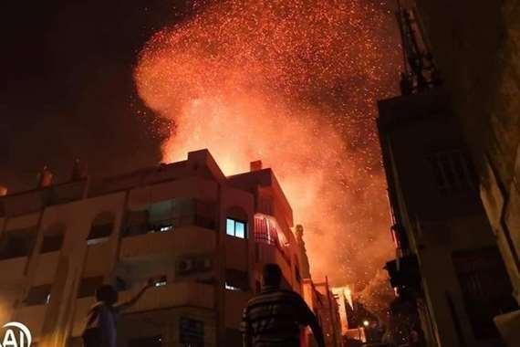 حريق حي المهاجرين - تصوير وكالات