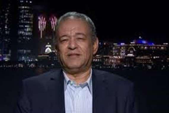 الدكتور نصر عارف، أستاذ العلوم السياسية
