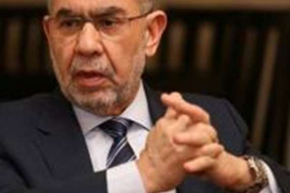 الدكتور أحمد العزبي صاحب مجموعة صيدليات العزبي