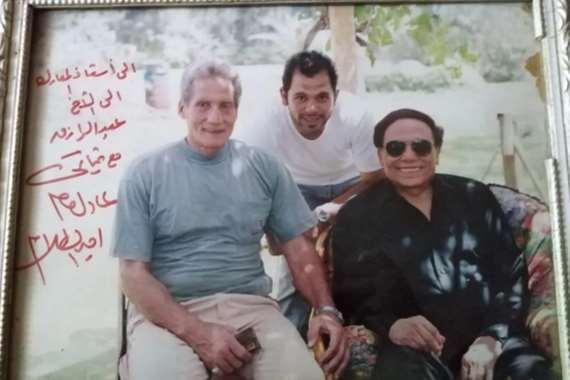 الفنان عادل إمام مع الفنان عبدالرازق فوزي