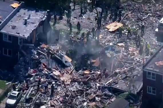 بالفيديو.. انفجار قوي يسوي المنازل بالأرض في أمريكا