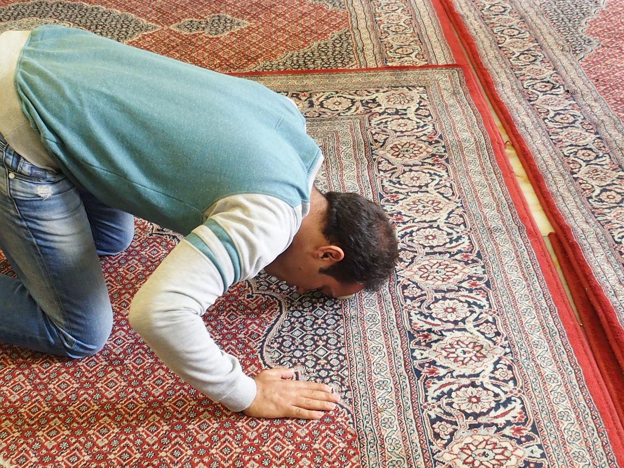 نيتي تحولت بشأن الصلاة