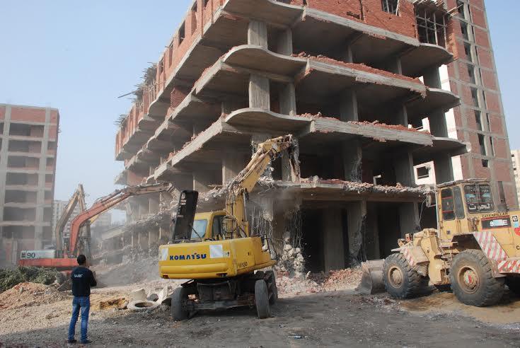 إصدار 371 قرارًا لإزالة مخالفات البناء