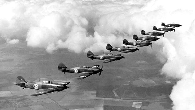 «معركة المنصورة الجوية».. الأشرس في التاريخ الحديث