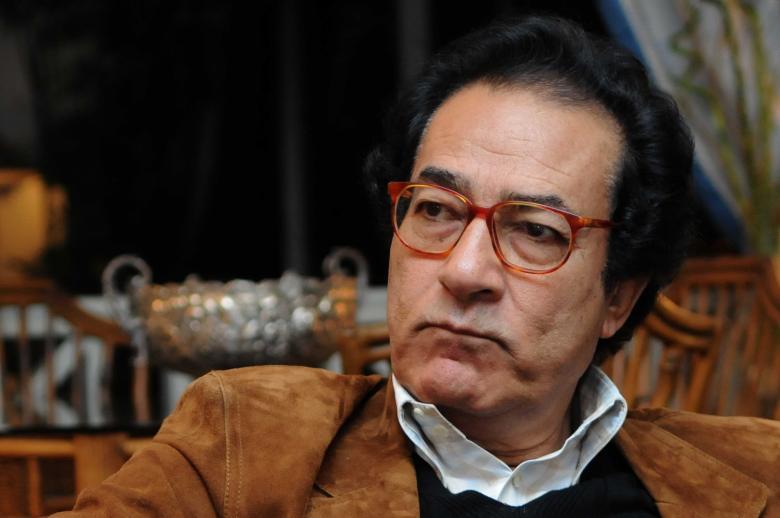 """فاروق حسني: """"إللي مش هيقبض من السيسي هيبقى ضده"""""""