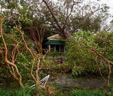 بالصور.. إعلان حالة الطوارئ في ولاية كارولينا الأميركية بعد إعصار  فلورنس