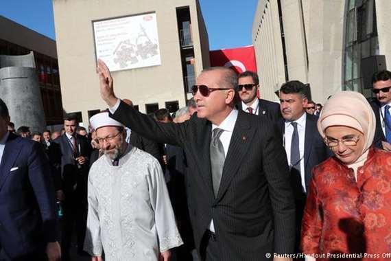«أردوغان» يفتتح أحد أكبر مساجد أوروبا بألمانيا