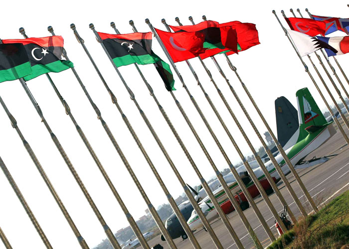 """أمن مطار """"معيتيقة"""" الليبي : استئناف رحلات الطيران بالمطار"""