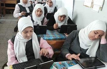 """""""التابلت المدرسى"""" يثير أزمة في الإسماعيلية"""