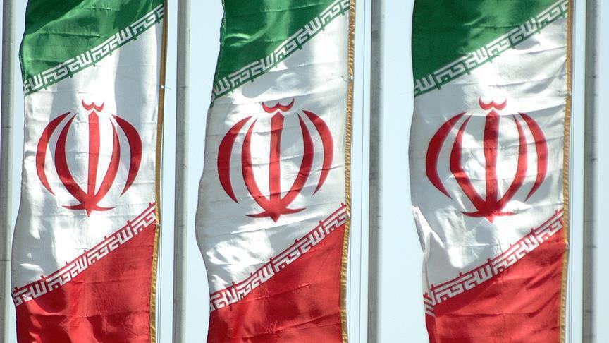 إيران تقرر فرض عقوبات على شخصيات وشركات أمريكية