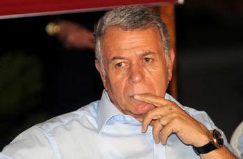 الانتهاء من التحقيق مع حسن حمدي فى قضايا فساد الأهرام