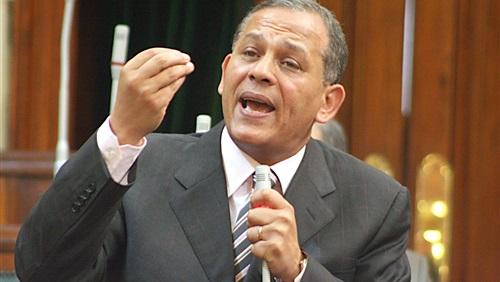 السادات يطالب بالإفراج عن هشام طلعت