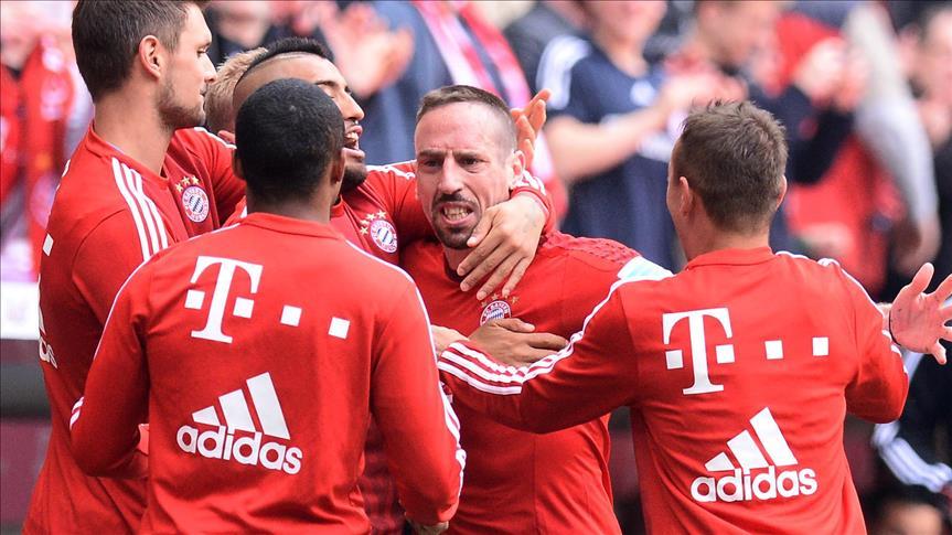 """""""بايرن ميونيخ"""" يحافظ على قمة الدوري الألماني"""