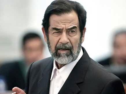 بالفيديو.. سر رفض صدام حسين الخضوع للفحص فى السجن