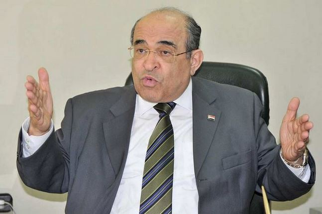 """مصطفى الفقى يحذر من ثورة """"البطون الجائعة"""""""