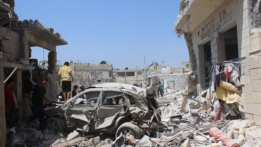 سوريا.. قصف للنظام يودي بحياة 11 شخصًا في إدلب