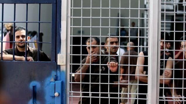 إسرائيل استخدمت التعذيب لــ90% من الأسرى الفلسطينيين