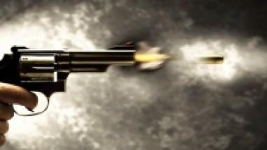 طلقة طائشة تقتل طفلة بحفل زفاف ببني سويف