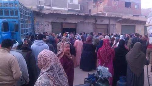 إصابة مفتش تموين في توزيع اسطوانات البوتاجاز ببنى سويف
