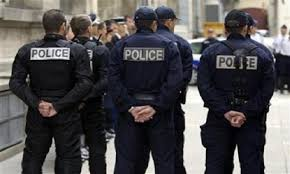 الشرطة الفرنسية تنفي علاقة الإرهاب بـ