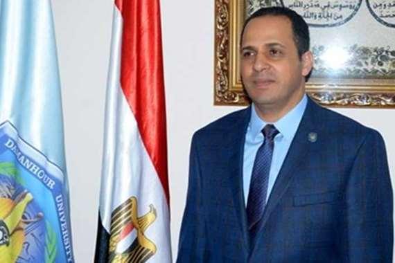 الدكتور عبيد صالح، رئيس جامعة دمنهور